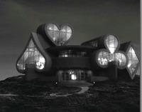 Fulltilthouse